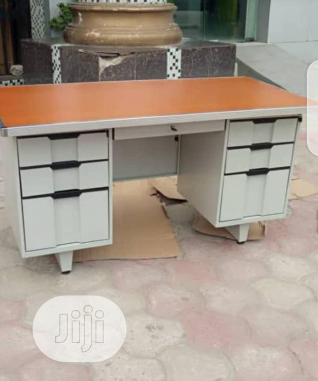 1.2mt Metal Leg Table