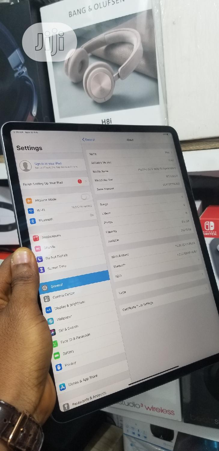 Apple iPad Pro 12.9 (2015) 256 GB Gray | Tablets for sale in Ikeja, Lagos State, Nigeria