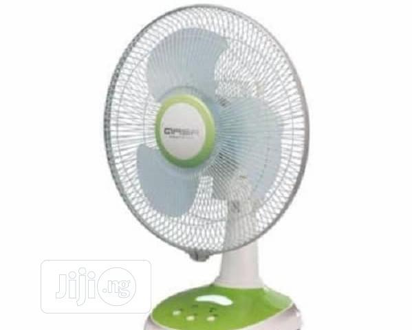 Qasa Table Reachable Fan