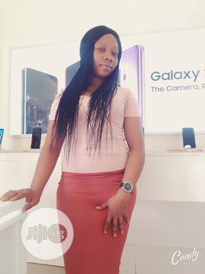 Boutique Salesgirl In Gwarimpa   Retail CVs for sale in Abuja (FCT) State, Mararaba
