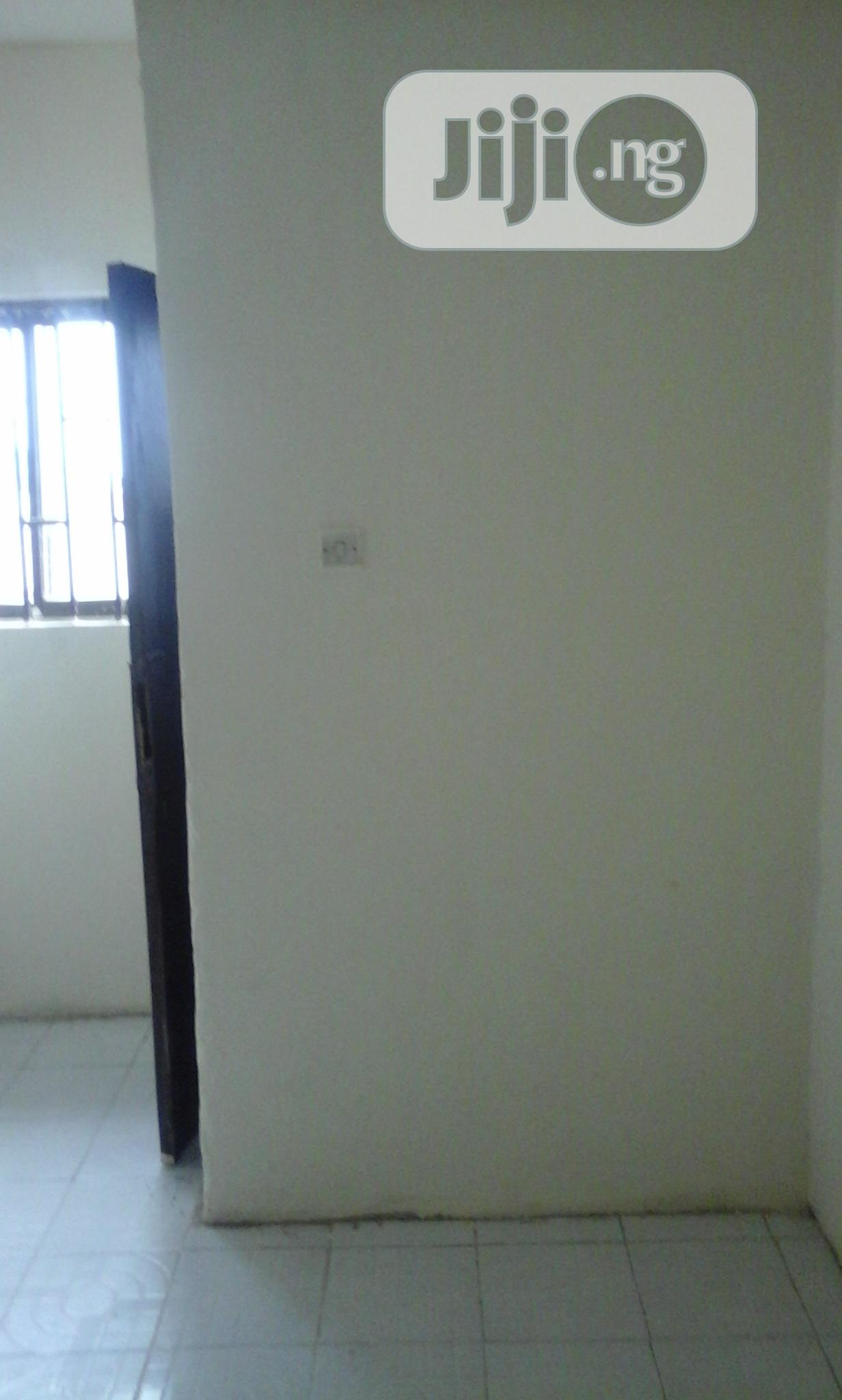4 Bedroom Bungalow for Sale in Kubwa, Abuja | Houses & Apartments For Sale for sale in Kubwa, Abuja (FCT) State, Nigeria