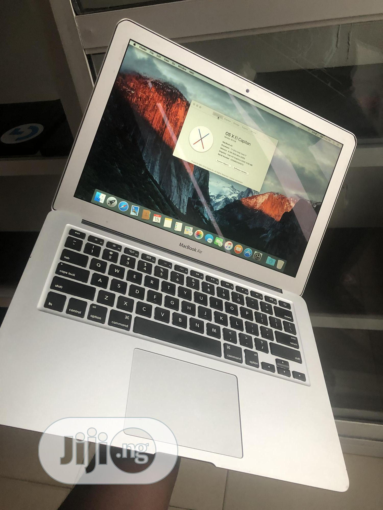 Laptop Apple MacBook Air 8GB Intel Core i7 SSD 128GB