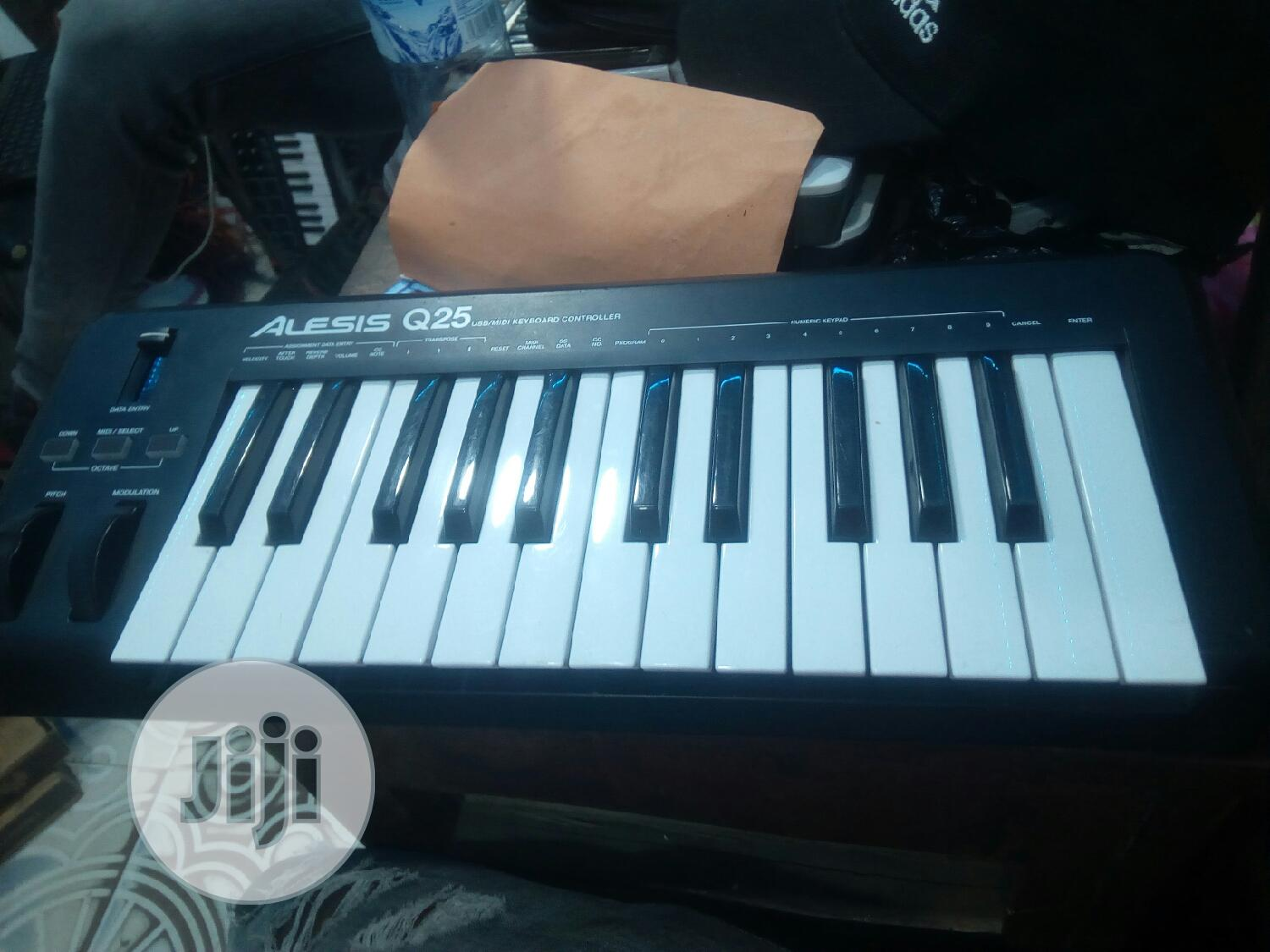 Used Studio Midi Keyboards With Drum Pad | Musical Instruments & Gear for sale in Lagos State, Nigeria
