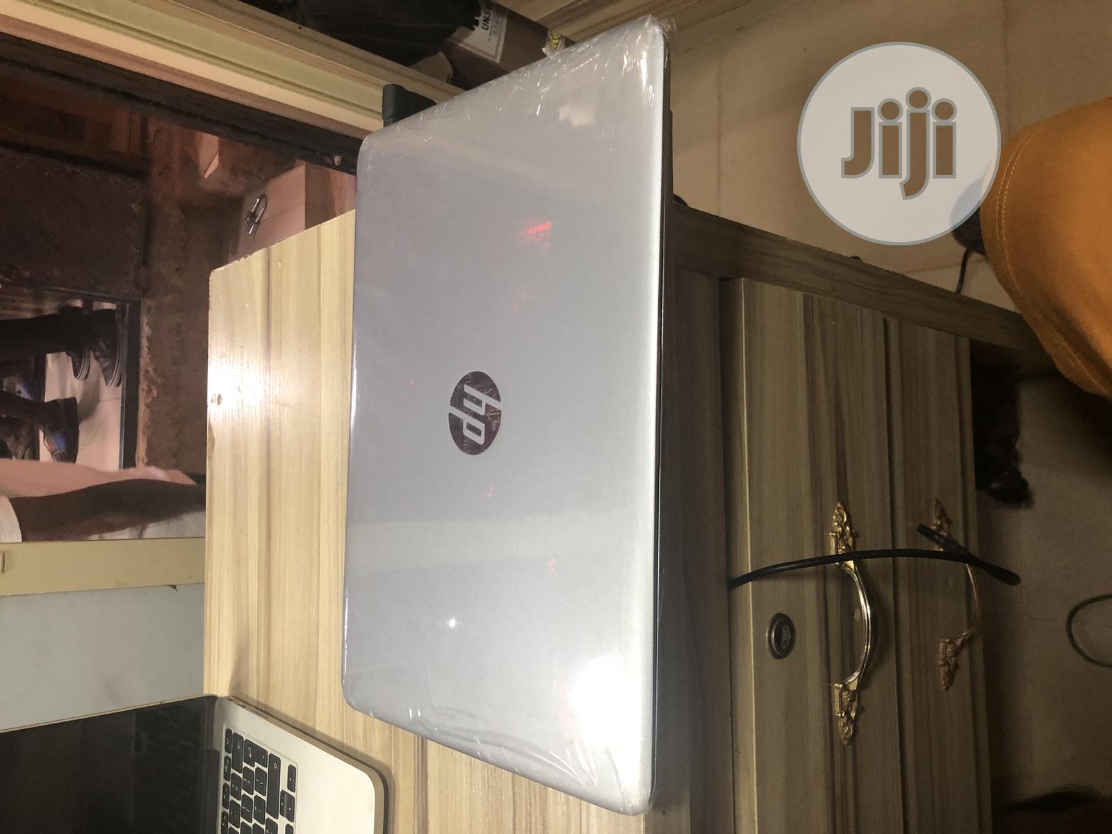Laptop HP 240 G3 8GB Intel Core i5 HDD 500GB