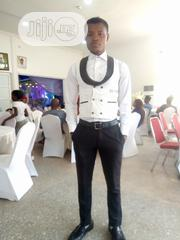 Restaurant attendant/(waiter) | Restaurant & Bar CVs for sale in Abuja (FCT) State, Maitama