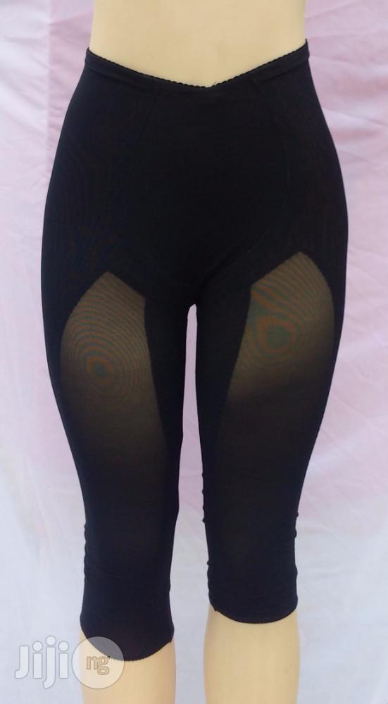 Archive: The Bettie Knee Length Women'S Shape Wear - Black