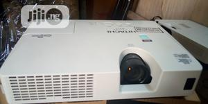 HDMI Hitachi Projector   TV & DVD Equipment for sale in Abuja (FCT) State, Dakwo District