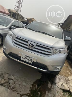 Toyota Highlander 2013 3.5L 4WD Silver   Cars for sale in Oyo State