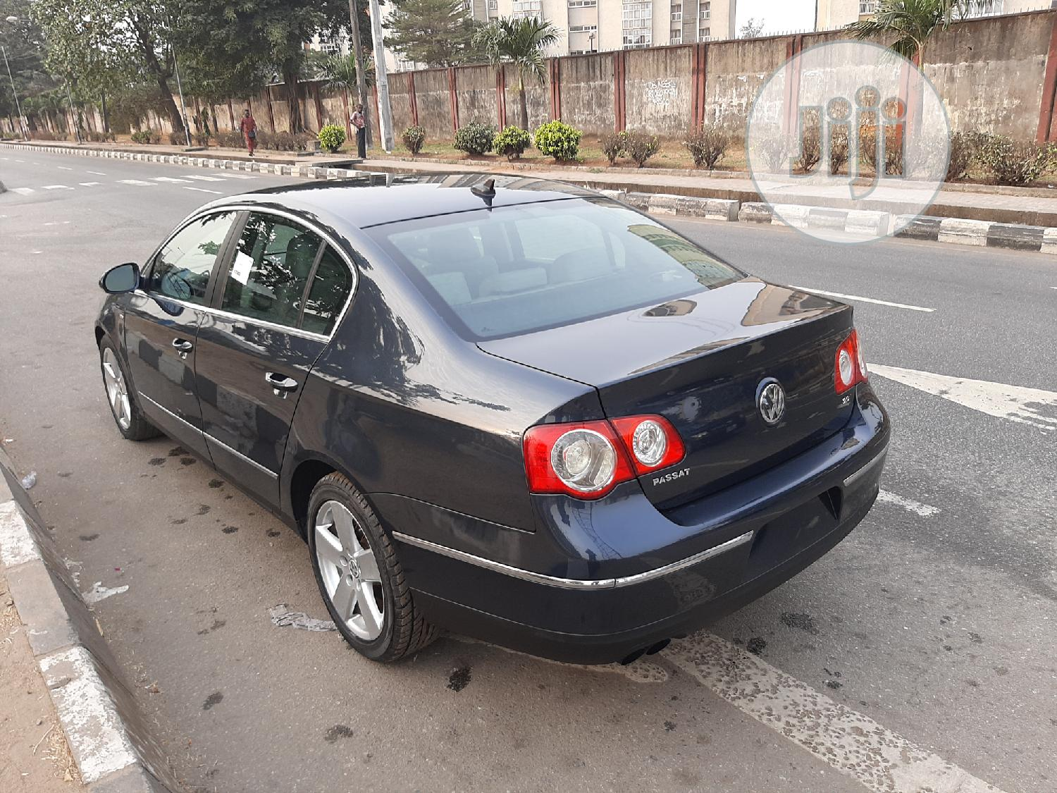 Volkswagen Passat 2007 2.0T Blue | Cars for sale in Surulere, Lagos State, Nigeria