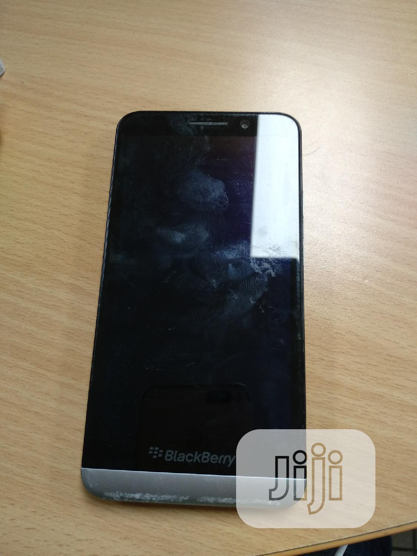 BlackBerry Z30 16 GB