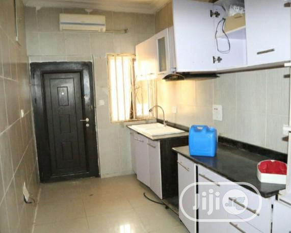 4 Bedroom Bungalow Flat By Orchid Road Off Chevron Lekki Phase 1 For Sale