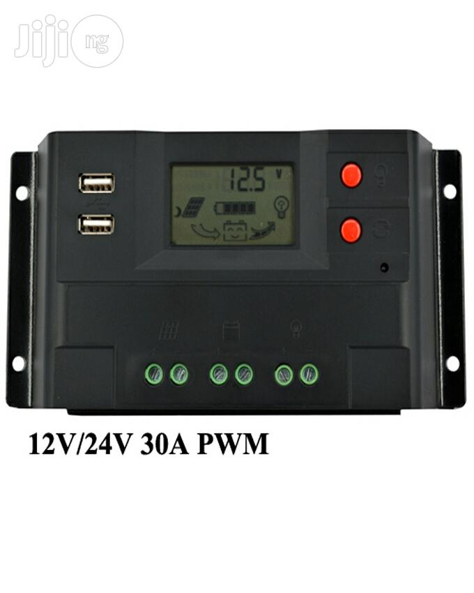 Charge Controller 12V/24V 30A 360W/720W