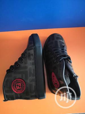 Fashion Fendi Roma Italy Sneakers