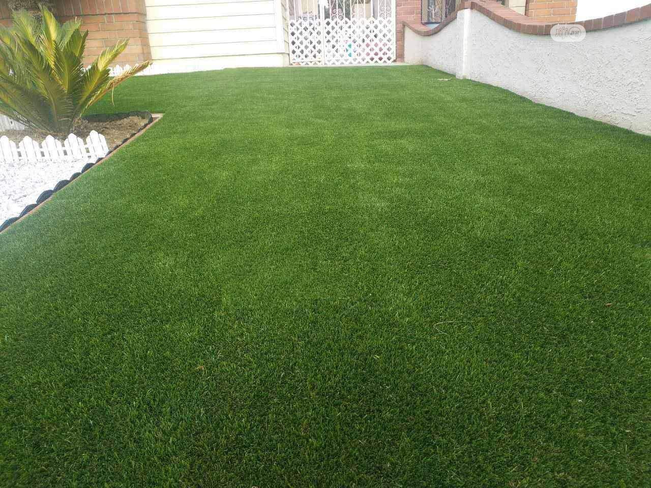 Original & Quality Artificial Green Grass Carpet Lawn.