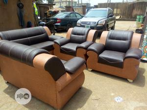 7 Seater Quality Leather Sofa for Sale | Furniture for sale in Lagos State, Surulere