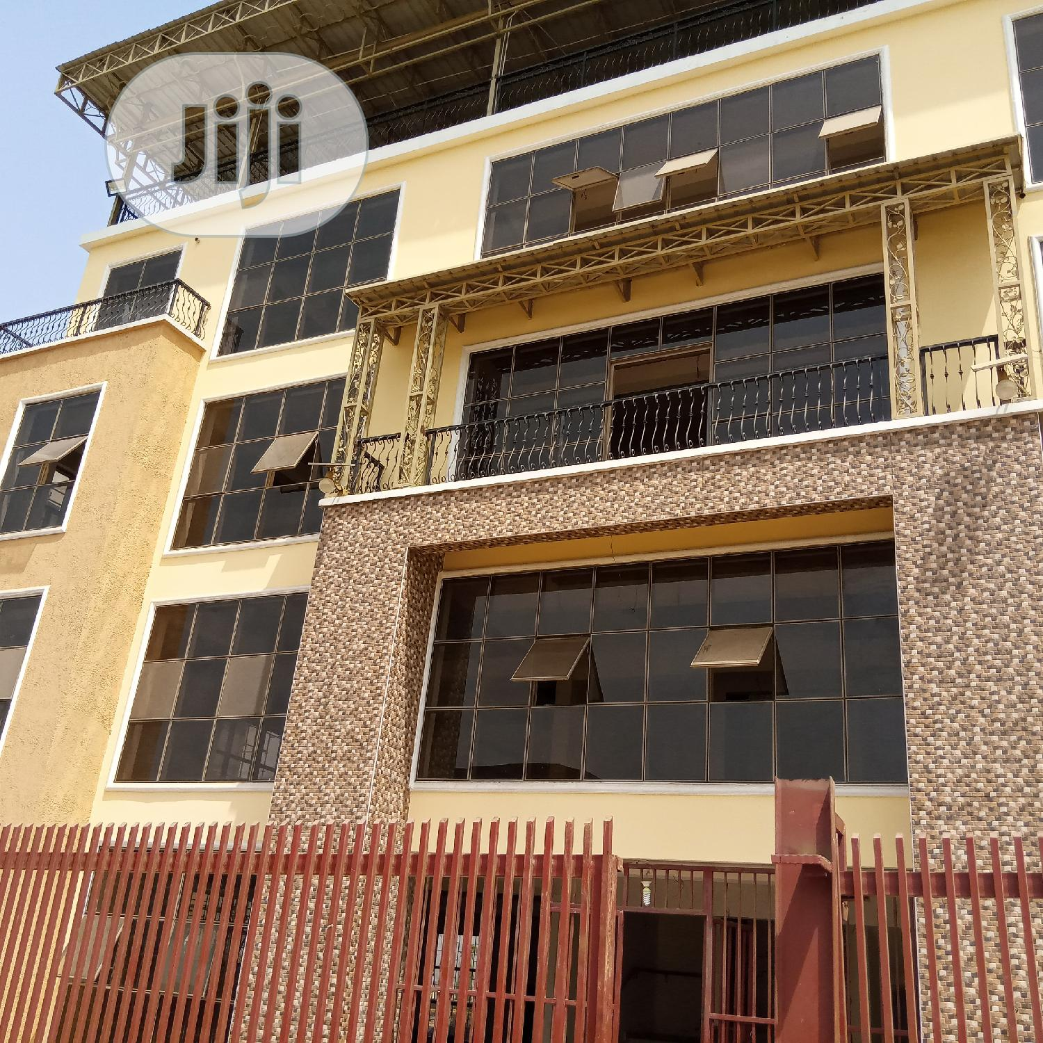 5 Floors Modern Plaza for Sale at Wuye Abuja