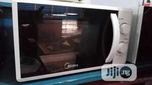 Midea Microwave Oven MM720   Kitchen Appliances for sale in Oyo State, Ibadan