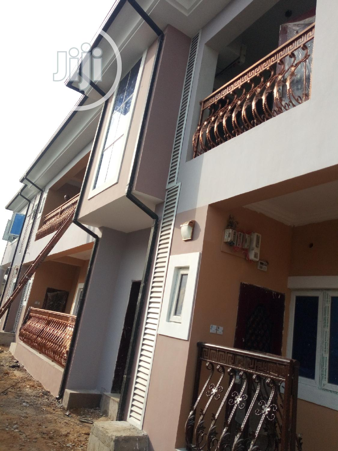 Brand New 2bedroom With Good Light In New Rd Off Ada George