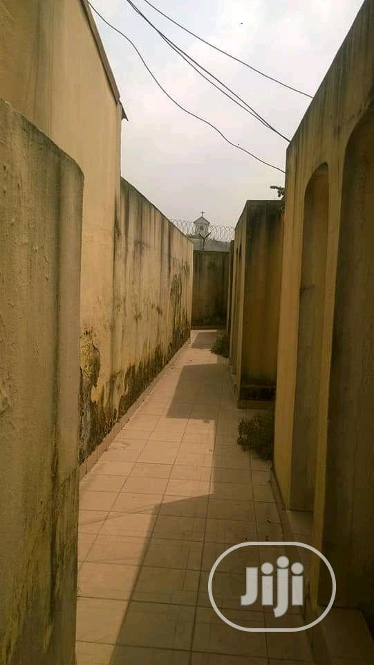 Standard 54 Suit Apartment With Office Block.Good For Any Commercial   Commercial Property For Sale for sale in Victoria Island, Lagos State, Nigeria