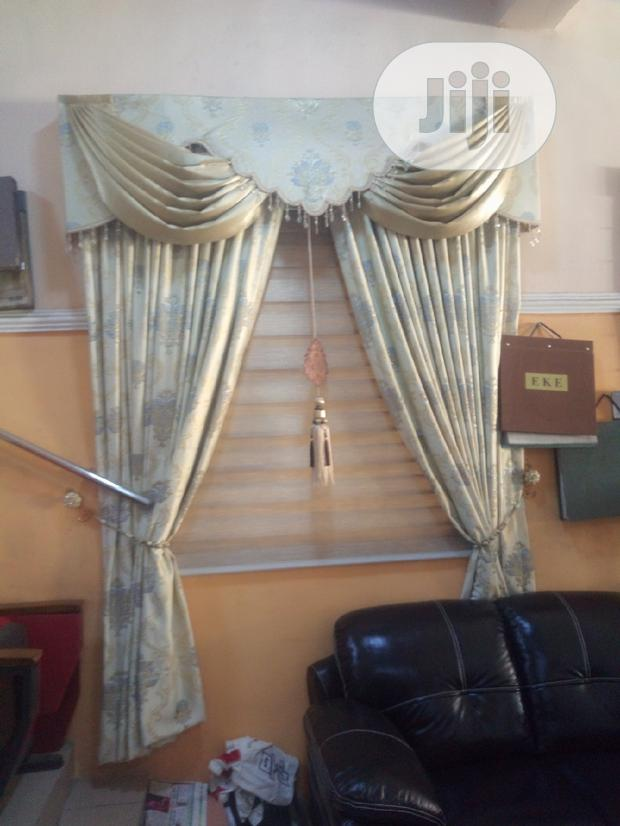 Royal Board Curtain With Blinds