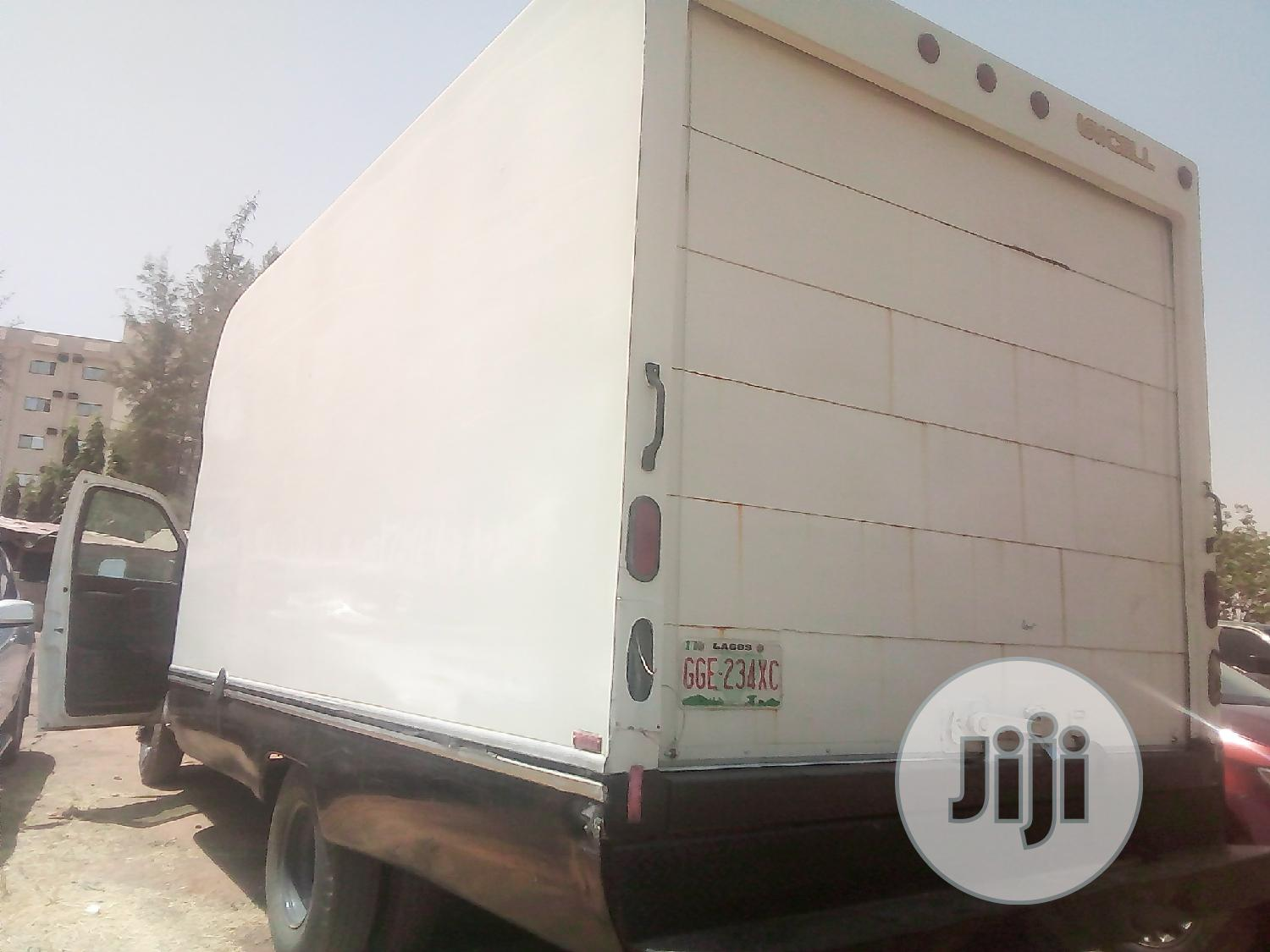 Chevrolet Express 2008 Cargo Van G 3500 Extended White | Trucks & Trailers for sale in Central Business Dis, Abuja (FCT) State, Nigeria