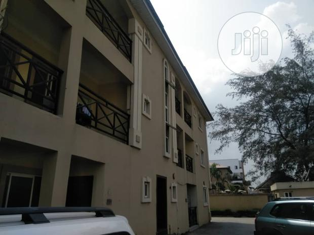 Archive: Mini Flat For Rent Off Admiralty Way Lekki Phase One Lagos