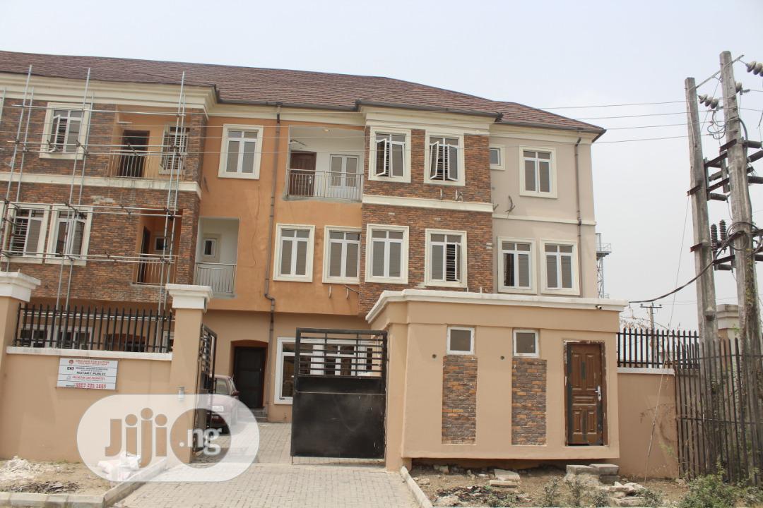 Standard 5 Bedroom Duplex At Ologolo Lekki Lagos For Sale