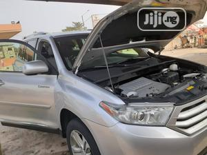 Toyota Highlander 2013 Silver | Cars for sale in Lagos State, Isolo