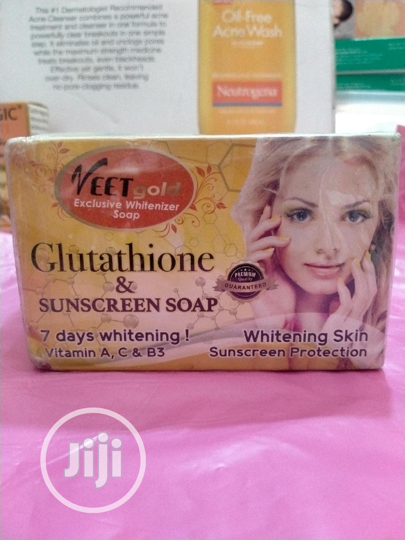 Veet Gold Exclusive Whitenizer Soap 200g