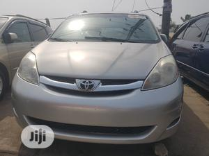 Toyota Sienna 2009 XLE Limited AWD Silver | Cars for sale in Lagos State, Apapa