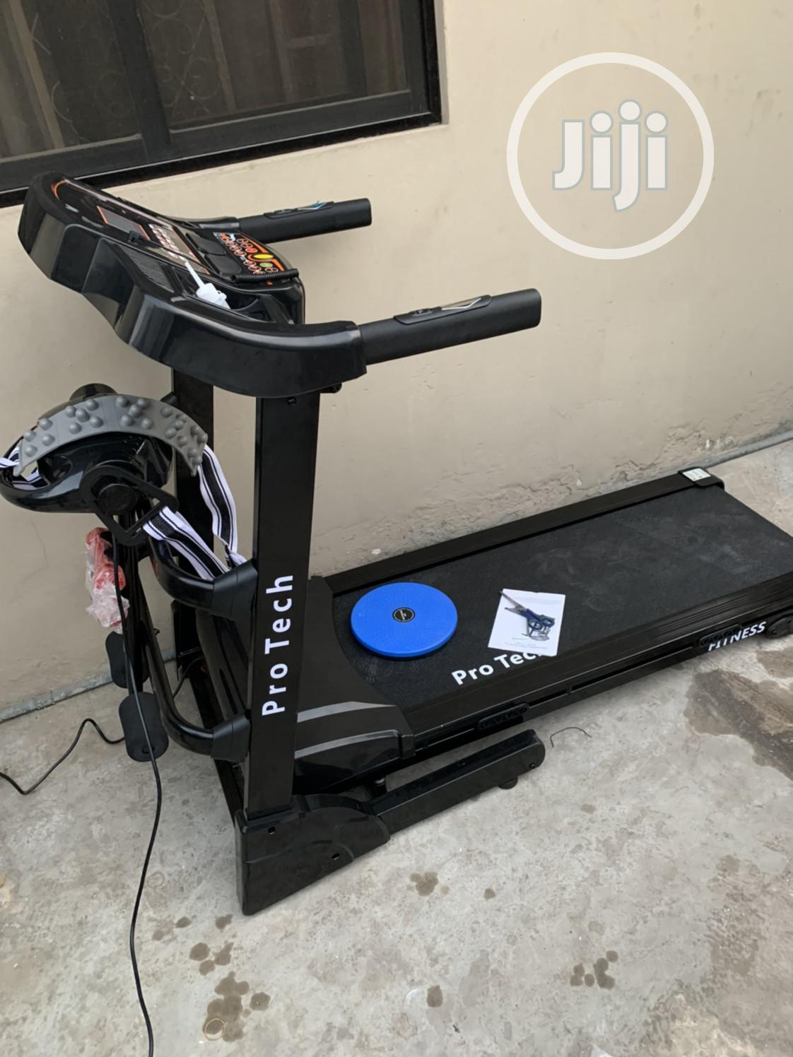 2.5hp Motorized Treadmill With Massager