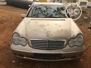 Mercedes-Benz C200 2001 Gold | Cars for sale in Abuja (FCT) State, Gwarinpa