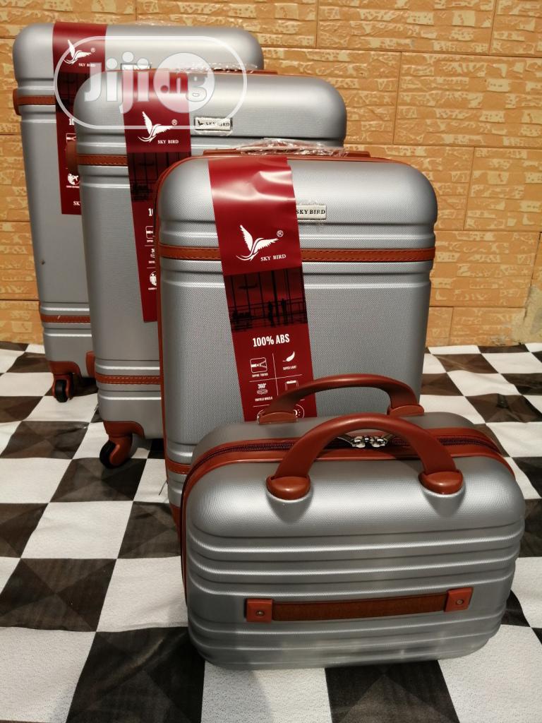 Cute Silver Color Travel Suite Case Luggage Bags (4 Sets)