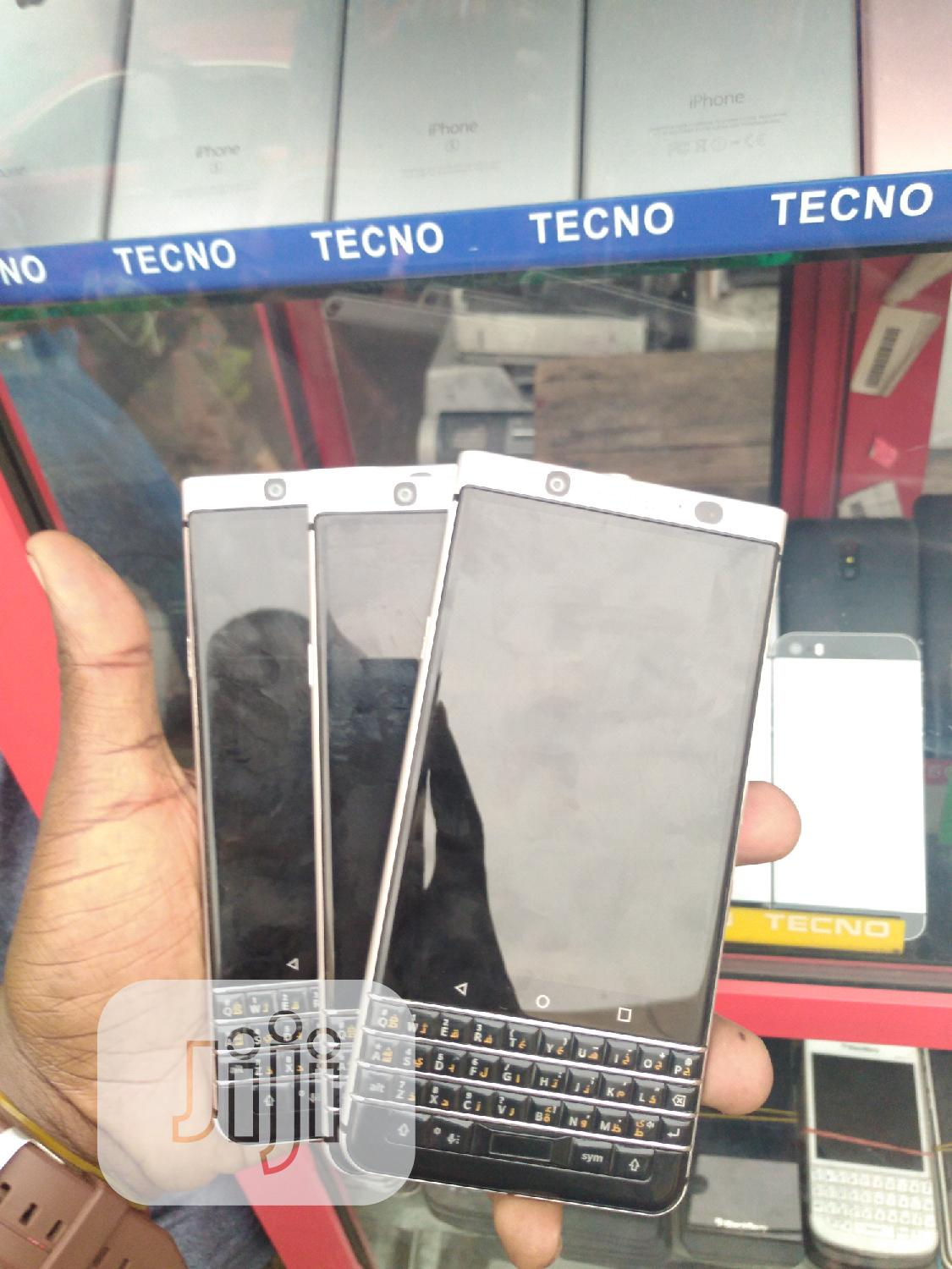 BlackBerry KEYone 32 GB Silver | Mobile Phones for sale in Ikeja, Lagos State, Nigeria