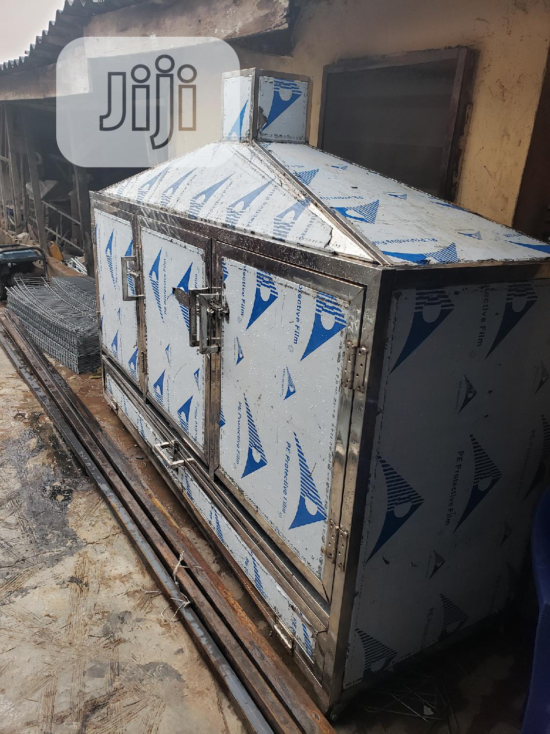 500kg Complete Stainless Steel Fish Fish Smoking Kiln For Exporters | Farm Machinery & Equipment for sale in Ikorodu, Lagos State, Nigeria