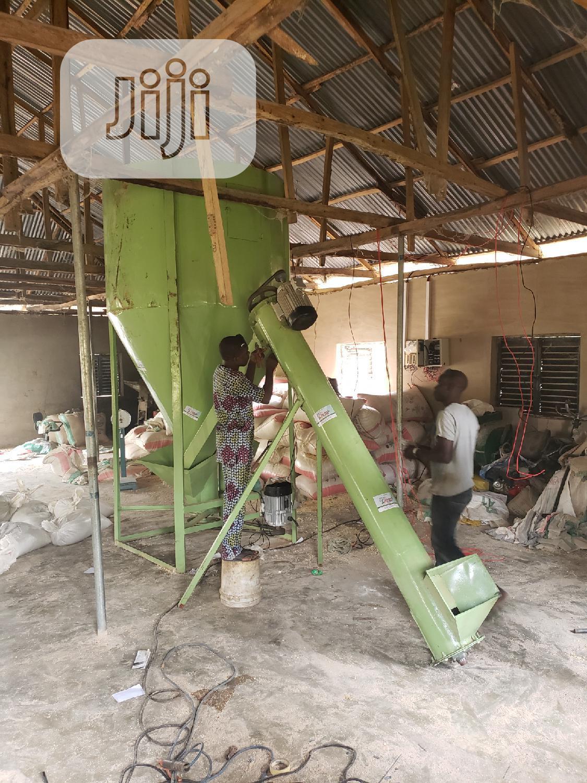 Chicken Feedmill Machine