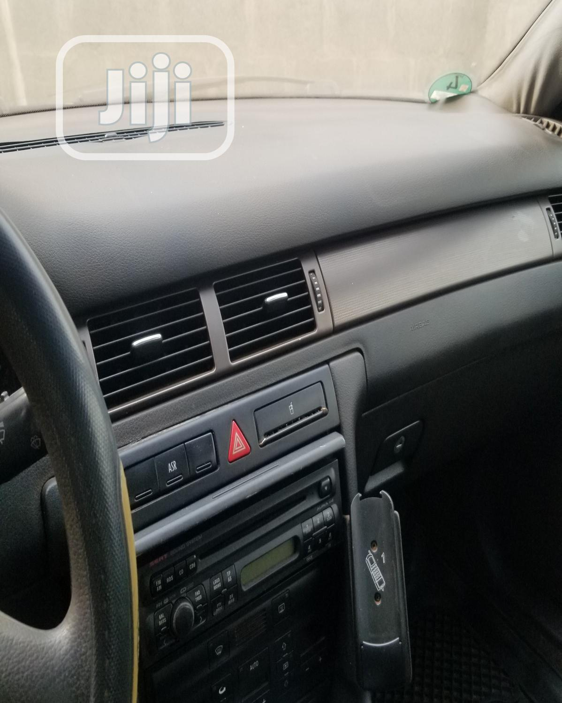 Archive: Audi A6 2000 Avant 2.4 Green
