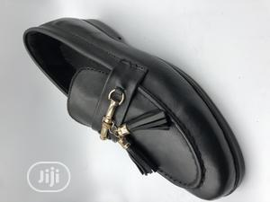 Tassel Loafers With Gold Chain   Shoes for sale in Lagos State, Mushin