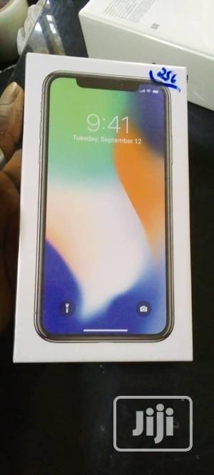 New Apple iPhone X 64 GB Silver   Mobile Phones for sale in Lagos State, Ikeja