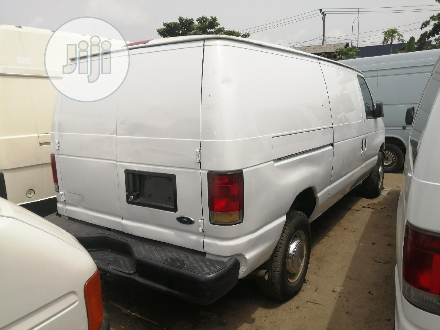 Ford E350   Buses & Microbuses for sale in Apapa, Lagos State, Nigeria