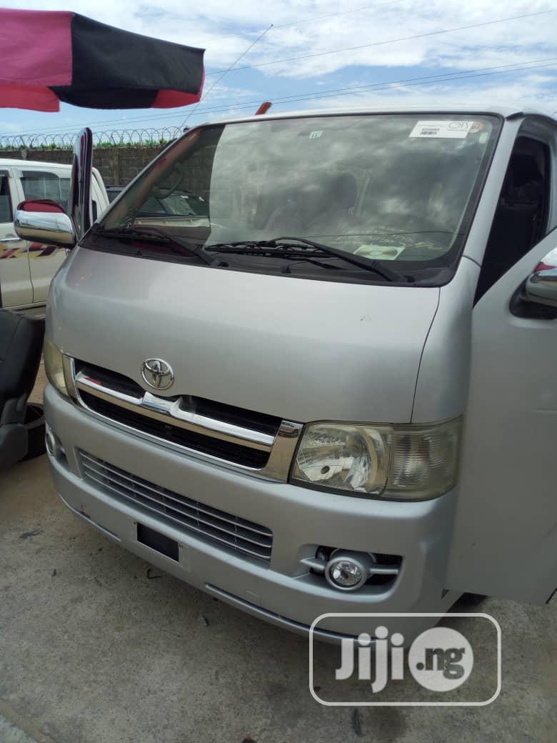 Tokunbo Toyota Hiace Diesel (Hummer Bus ) 2012 Silver