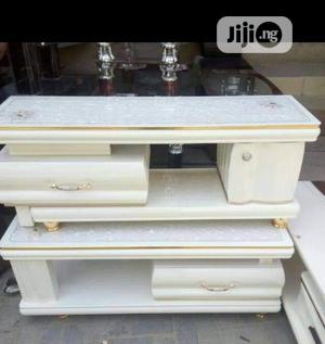 Original Quality TV Console And Center Table Beautiful And Unique   Furniture for sale in Lagos State, Magodo