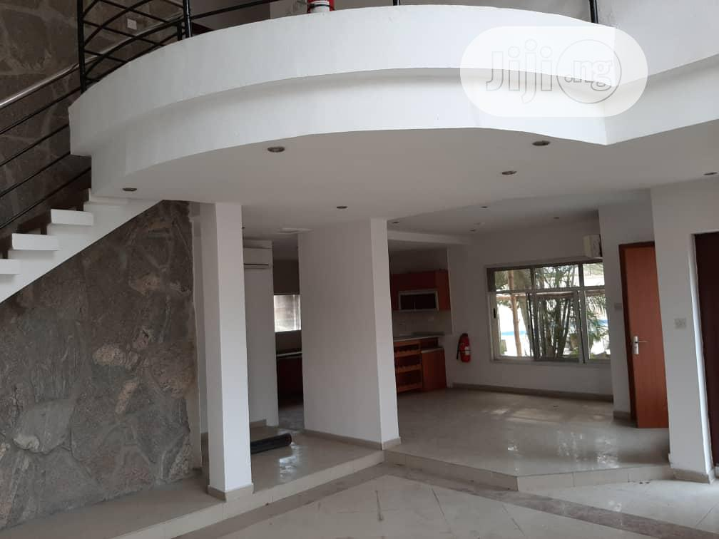 Archive: Luxurious And Serviced 4 Bedrooms Terraced Duplex In An Estate At Oniru