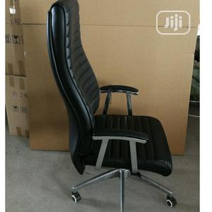 Black Executive Office Chair   Furniture for sale in Lagos State, Egbe Idimu
