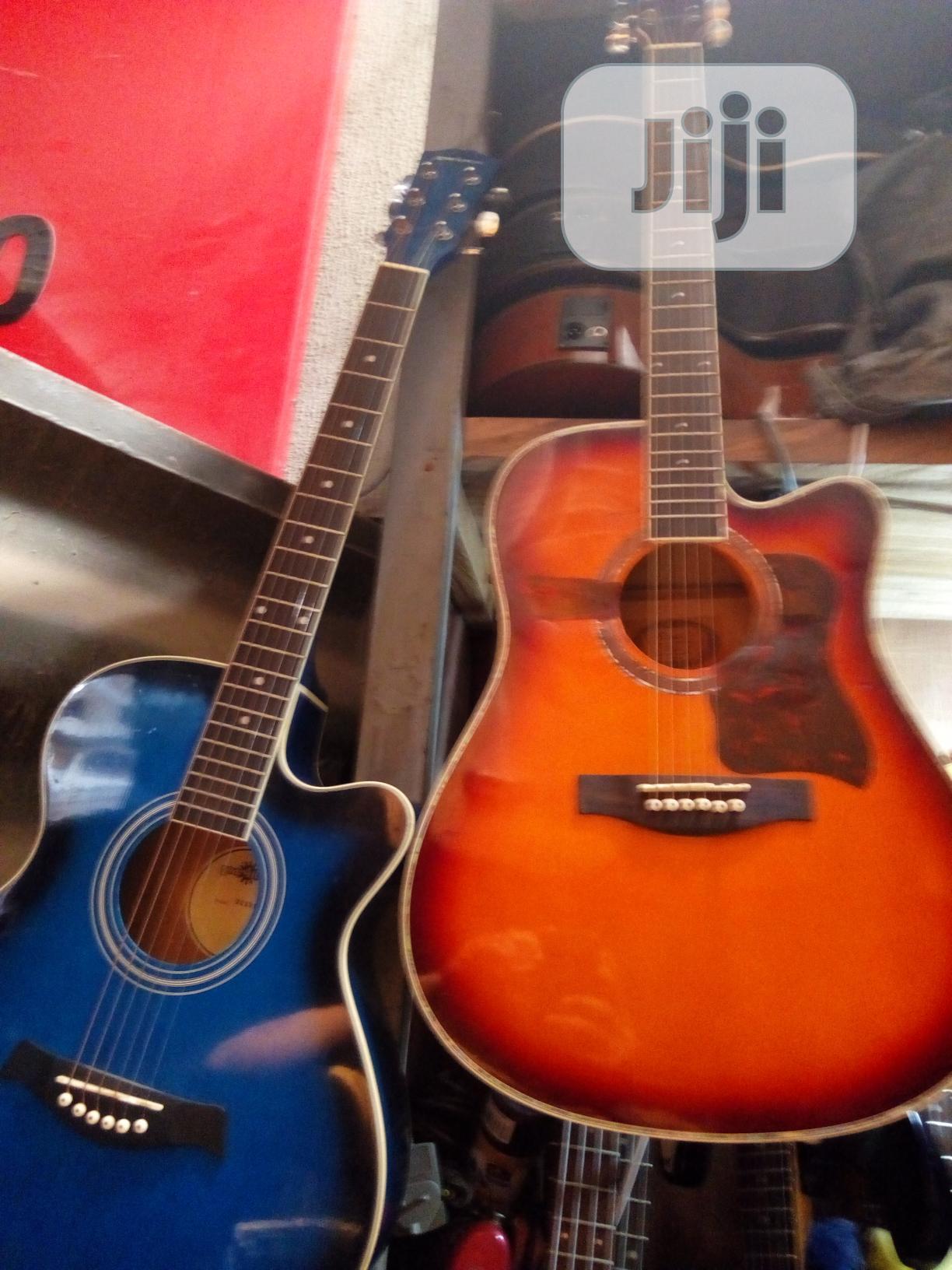 UK Acoustic Lead Guilters
