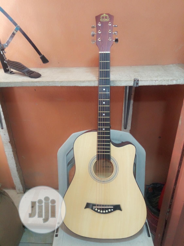 "Tundra Acoustic Box Guitar 38"""