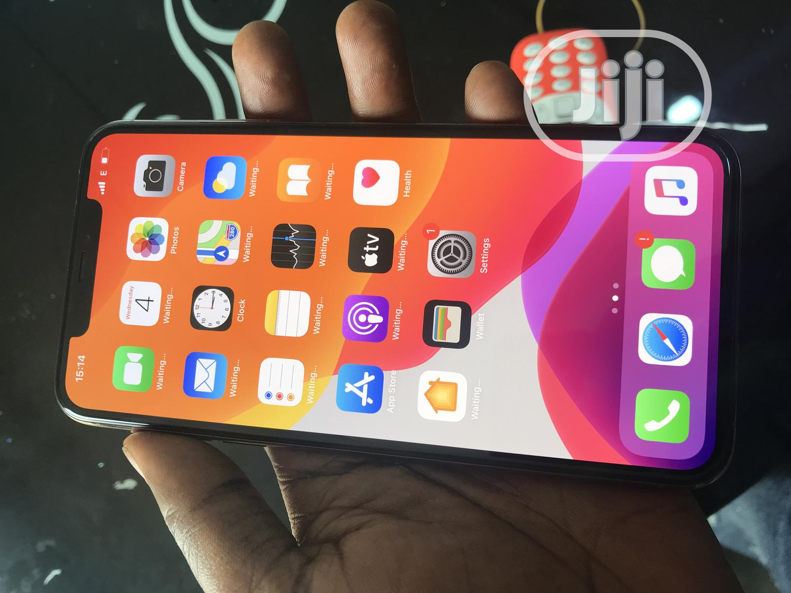 Apple iPhone 11 Pro Max 64 GB Gold   Mobile Phones for sale in Osogbo, Osun State, Nigeria
