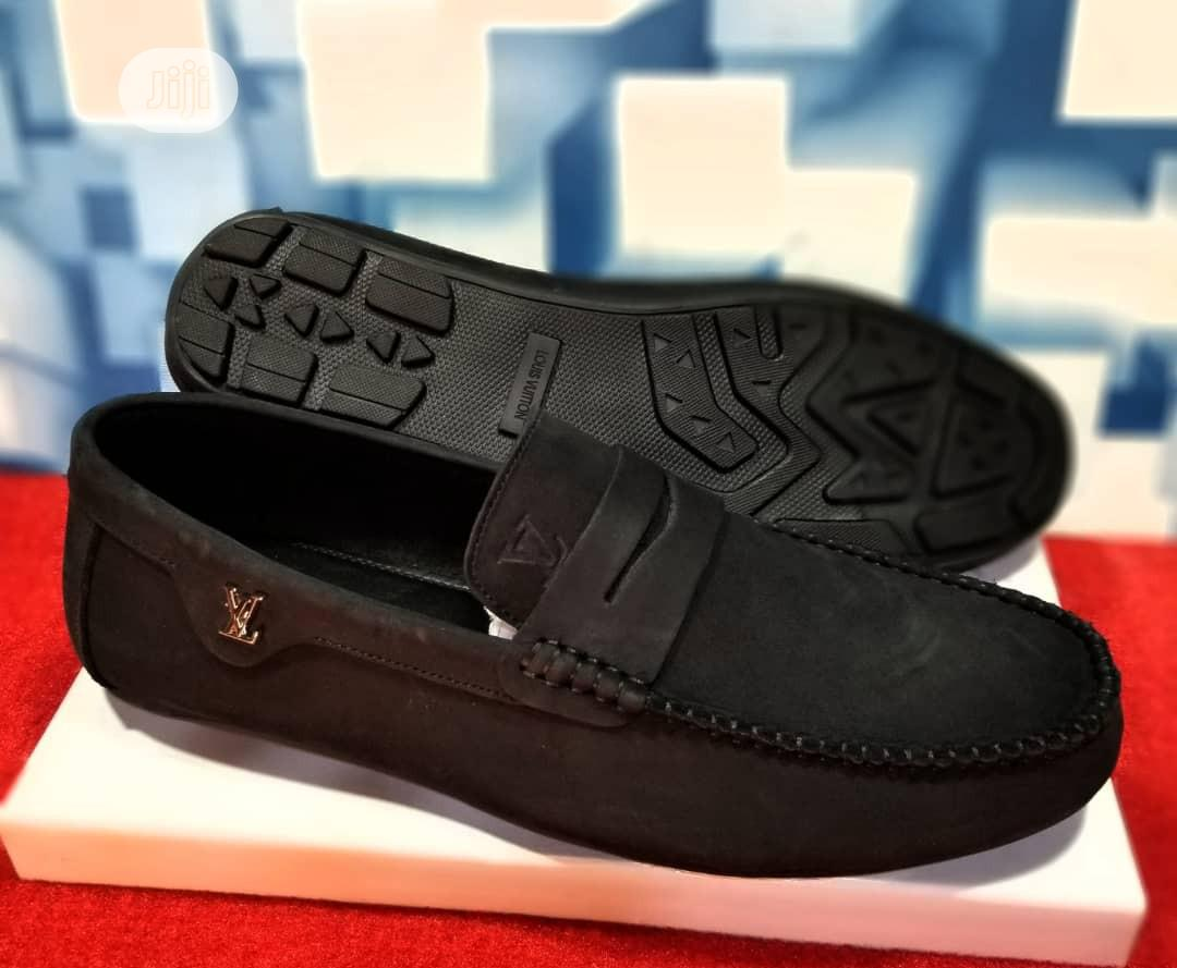 Quality Men's Louis Vuitton Designers Loafer Shoes in Black