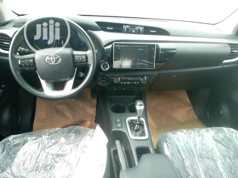 New Toyota Hilux 2019 SR5 4x4 Black | Cars for sale in Amuwo-Odofin, Lagos State, Nigeria