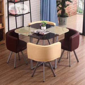 Unique Design Restaurant Tables With 4 Chairs   Furniture for sale in Lagos State, Agege
